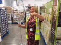 巨大ワイングラス